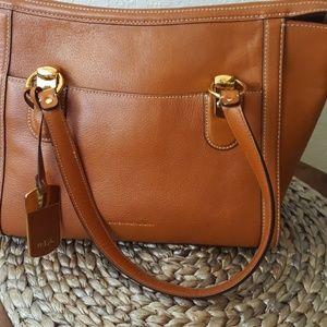 Lauren Ralph Lauren tan leather shoulder bag EUC